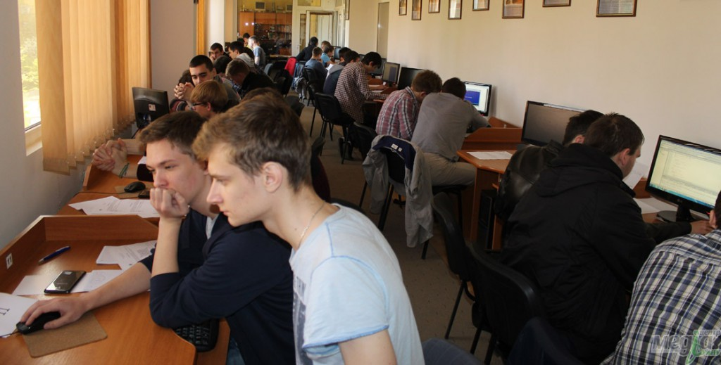 IT students of UzhNU move from regional competitions to wide recognition
