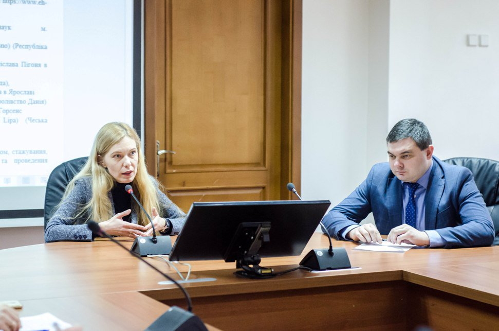 Scholarships from the mayor, internships at the city council and School of Municipal Officials – cooperation plan between UzhNU and Uzhhorod City Council for a year