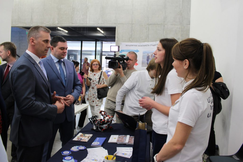 UzhNU presented its achievements and potential during the Days of Uzhhorod in Kosice