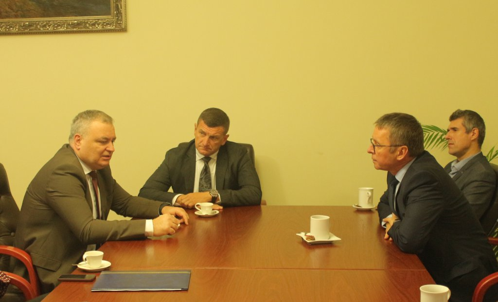 UzhNU leaders met with the delegation of the Strategic Advisory Group for Supporting Ukrainian Reform (SAGSUR)