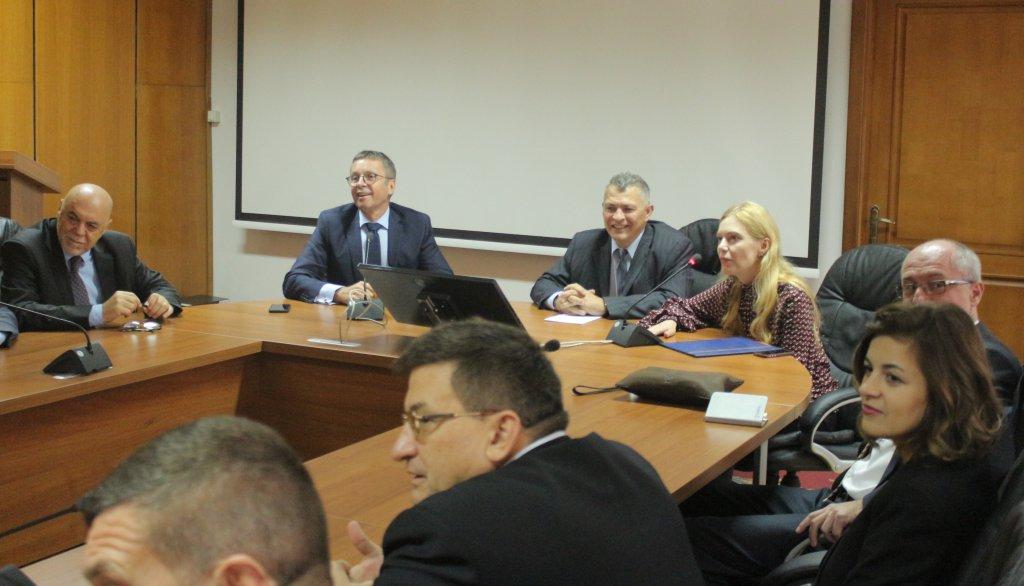 Делегація Стратегічної групи радників з підтримки реформ (SAGSUR) Кабінету Міністрів України зустрілася із студентами та викладачами УжНУ