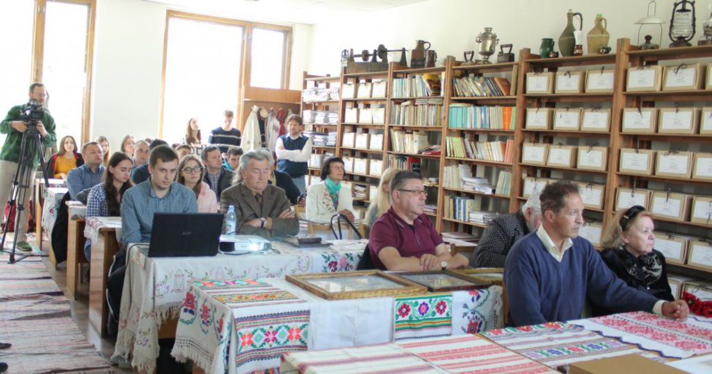 Laboratory of ethnology, folklore studies and studies of local lore named after Mykhailo Tyvodar opened at UzhNU