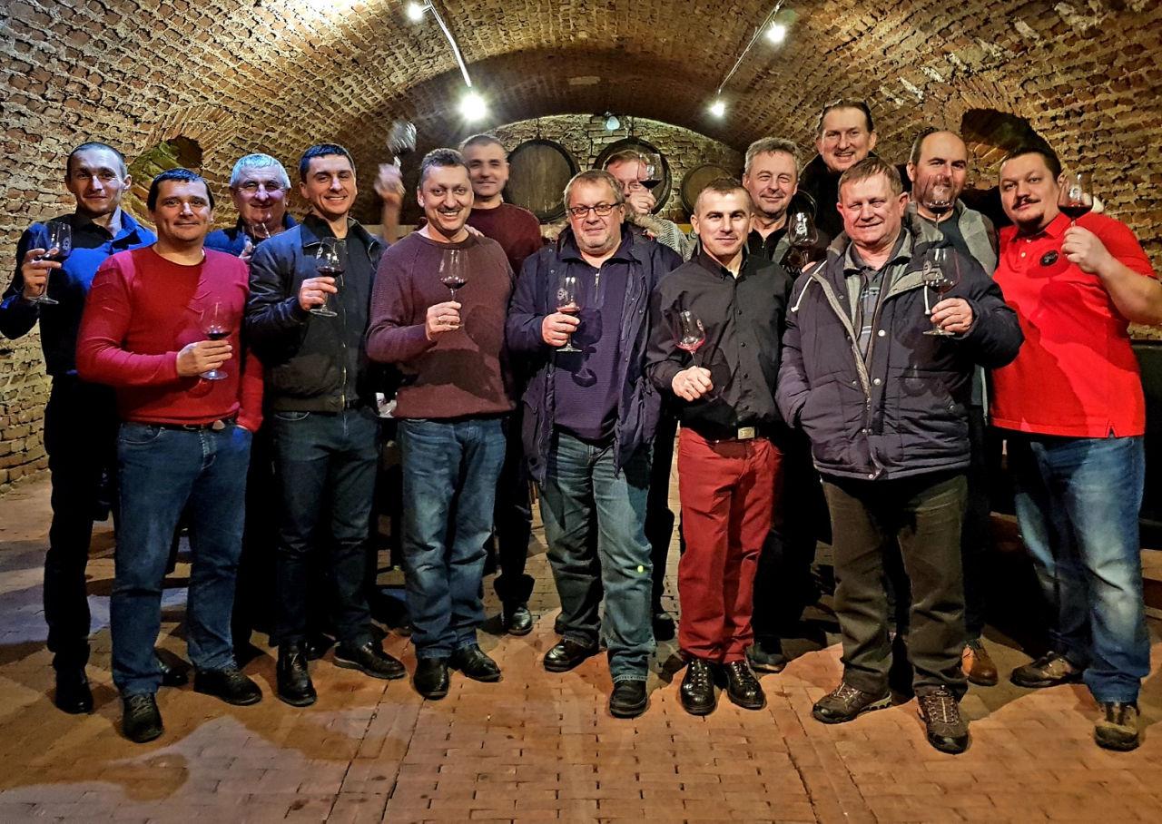 Закарпатці взяли участь у професійних змаганнях виноробів за кордоном (ФОТО), фото-3